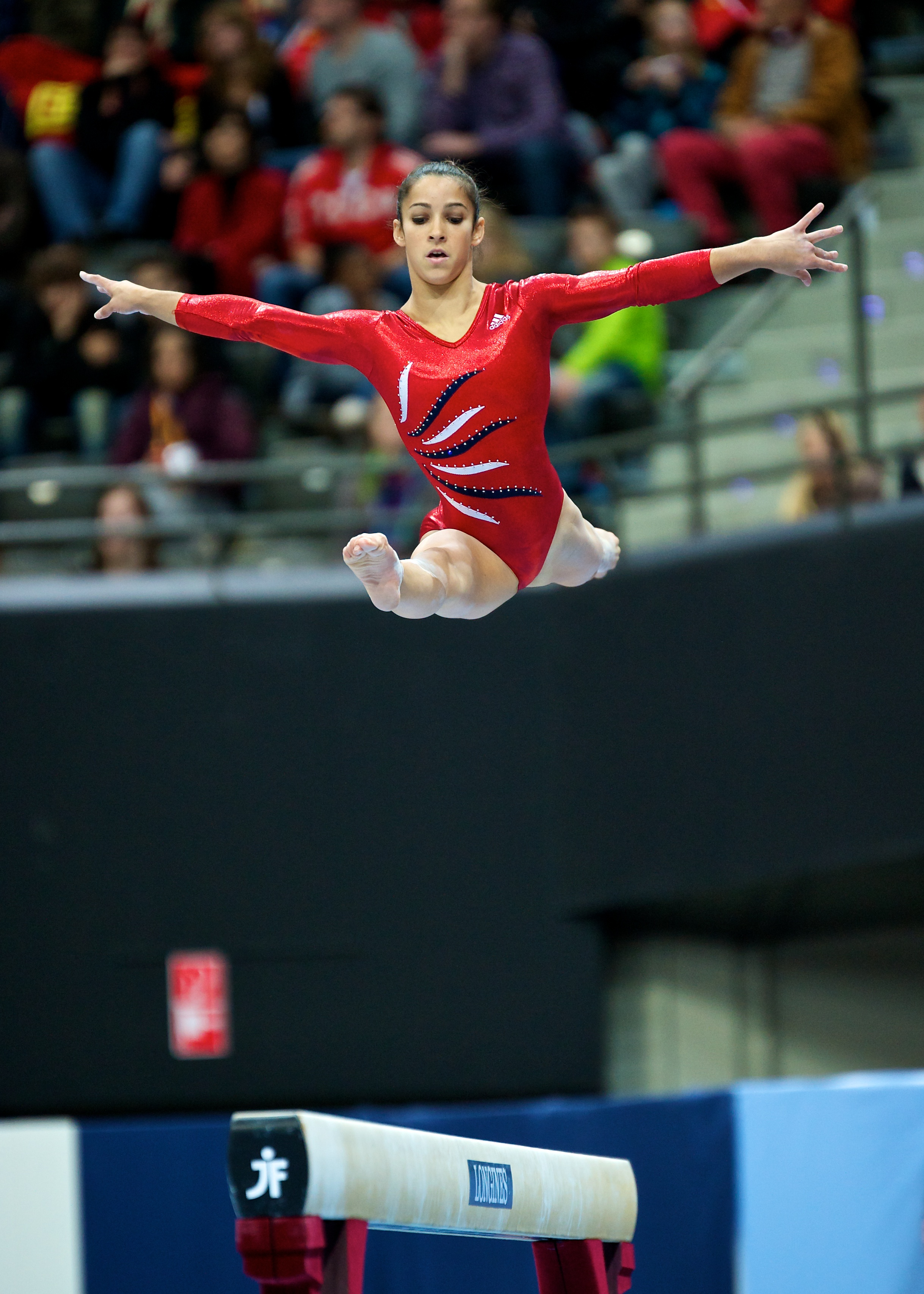 Aly Raisman Jason Lezak Shine For Team Usa Crescent