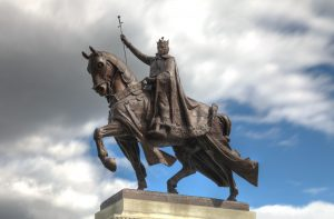 The Apotheosis of St. Louis, which stands in front of the St. Louis Art Museum in the city's largest park, memorializes the city's namesake, who persecuted Jews. (Wikimedia Commons)